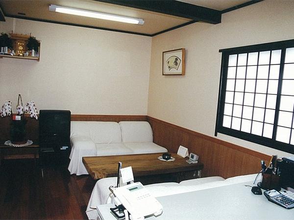 店舗・内部 場所:事務所 腰板・内法・建具
